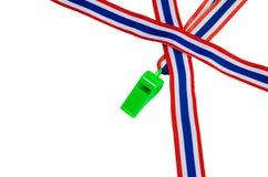 Het Politieke fluitje, Thailand, de vlag van Thailand. Op wit stock foto's
