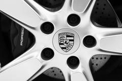 Het Porsche-embleem royalty-vrije stock afbeeldingen