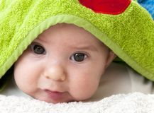 Het portret van de close-up van aanbiddelijke baby Royalty-vrije Stock Afbeeldingen