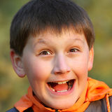 Het portret van de close-up van blije jongen Royalty-vrije Stock Afbeeldingen
