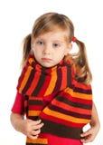 Het portret van de close-up van een droevig meisje in een sjaal Stock Fotografie