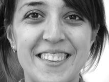 Het portret van de close-up van een gelukkig meisje Stock Fotografie