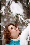 Het portret van de close-up van een jong meisje Stock Afbeelding