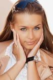 Het portret van de close-up van een jonge vrouw royalty-vrije stock foto's