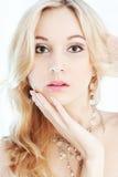 Het portret van de close-up van mooi meisje Stock Foto's