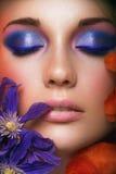 Het portret van de close-up van schoonheids jonge vrouw Royalty-vrije Stock Afbeeldingen