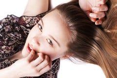 Het portret van de close-up van sensuele vrij jonge vrouw Stock Foto's