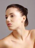 Het portret van de close-up van Kaukasische jonge vrouw Royalty-vrije Stock Foto