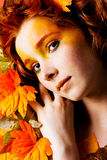 Het portret van de herfst van een mooi model Royalty-vrije Stock Afbeelding