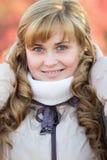 Het portret van de herfst van een mooie vrouw Royalty-vrije Stock Foto