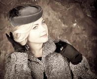 Het Portret van de maniervrouw. Uitstekende Stijl. Retro Glamourmeisje. Stock Foto's