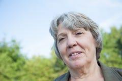 Het portret van de oude dagvrouw Royalty-vrije Stock Foto