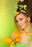 Het portret van de schoonheid met grote vlinder royalty-vrije stock foto's