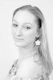 Het Portret van de schoonheid van een Blond Meisje Stock Foto