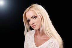 Het portret van de studio van mooi sexy meisje stock fotografie