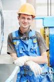 Het portret van de voorgevelarbeider bouwer bij het pleisteren van het werk royalty-vrije stock foto
