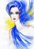 Het portret van de vrouw De achtergrond van de manier Stock Afbeelding