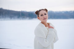 Het Portret van de Vrouw van de winter Royalty-vrije Stock Fotografie