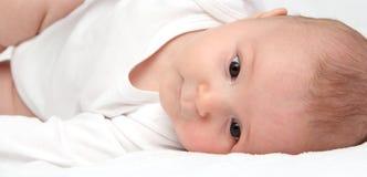 Het portret van het close-up van een mooie baby Royalty-vrije Stock Afbeeldingen