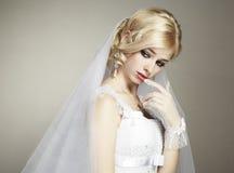 Het portret van het huwelijk van mooie jonge bruid Royalty-vrije Stock Fotografie