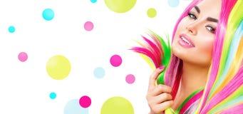 Het Portret van het schoonheidsmeisje met Kleurrijke Make-up Stock Foto's