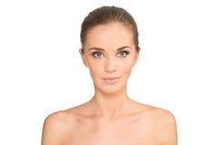 Het Portret van het schoonheidsmeisje Mooie jonge gelukkige glimlachende vrouw stock afbeelding