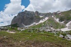 Het prachtige berglandschap van het Natuurreservaat van de Kaukasus royalty-vrije stock afbeeldingen