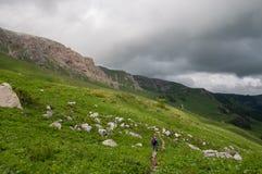 Het prachtige berglandschap van het Natuurreservaat van de Kaukasus stock foto