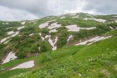Het prachtige berglandschap van het Natuurreservaat van de Kaukasus royalty-vrije stock fotografie