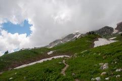 Het prachtige berglandschap van het Natuurreservaat van de Kaukasus royalty-vrije stock foto's