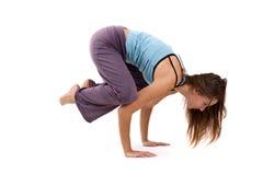 Het praktizeren van de vrouw yoga Royalty-vrije Stock Afbeeldingen