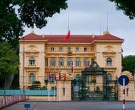 Het presidentiële paleis in Hanoi, Vietnam Royalty-vrije Stock Foto's