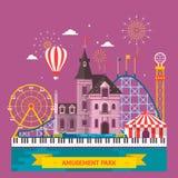 Het pretpark met aantrekkelijkheid en achtbaan, de tent met circus, de vrolijke carrousel of de ronde aantrekkelijkheid, gaan ron Stock Foto