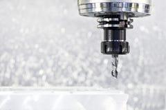 Het proces van het close-up van metaal het machinaal bewerken Royalty-vrije Stock Foto's