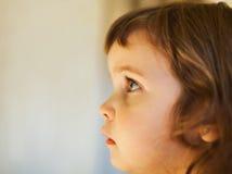 Het profiel van het meisjesgezicht Stock Afbeeldingen