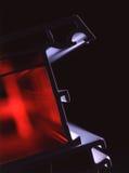 Het profiel van het venster met rode verlichting Stock Foto's