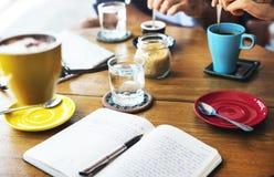 Het Project die van de de Vrije tijdsvergadering van de koffiekoffie Concept delen stock foto
