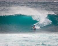 Het prostrand Hawaï van de Surferzonsondergang royalty-vrije stock foto's