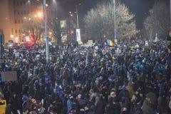 Het protest van Boekarest tegen de overheid Stock Foto's