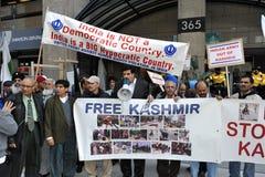 Het Protest van Kashmir buiten Indisch Consulaat stock foto's