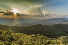 Het punt van de zonsondergangmening in Nern Chang Suek Viewpoint, Pilok, Kanchanab Stock Foto