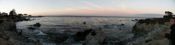 Het Punt van minnaars bij Zonsondergang Stock Afbeeldingen