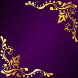 Het purpere frame met gouden Sari inspireerde filigraan Stock Afbeelding
