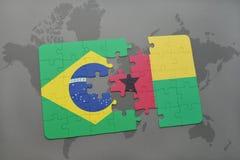het raadsel met de nationale vlag van Brazilië en Guinea-Bissau op een wereld brengen achtergrond in kaart Stock Afbeelding