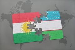het raadsel met de nationale vlag van Koerdistan en Oezbekistan op een wereld brengen achtergrond in kaart Royalty-vrije Stock Fotografie