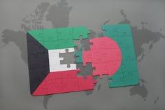 het raadsel met de nationale vlag van Koeweit en Bangladesh op een wereld brengen achtergrond in kaart Royalty-vrije Stock Fotografie