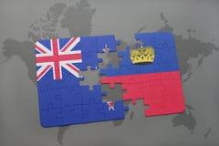 het raadsel met de nationale vlag van Nieuw Zeeland en Liechtenstein op een wereld brengen achtergrond in kaart Stock Foto's
