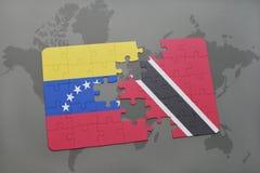 het raadsel met de nationale vlag van Venezuela en Trinidad en Tobago op een wereld brengen achtergrond in kaart Stock Afbeeldingen