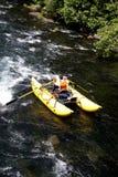 Het rafting ponton van de stroomversnellingrivier Stock Foto's