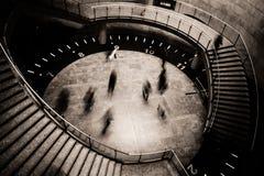 Het ras van tijd en de dans van de uren stock afbeeldingen